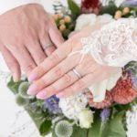【結婚式の費用を抑える方法】手作りアイテムや外注業者が節約ポイント