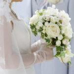 ガーデンウェディングで結婚式をおしゃれに!デメリットやおすすめの演出を紹介
